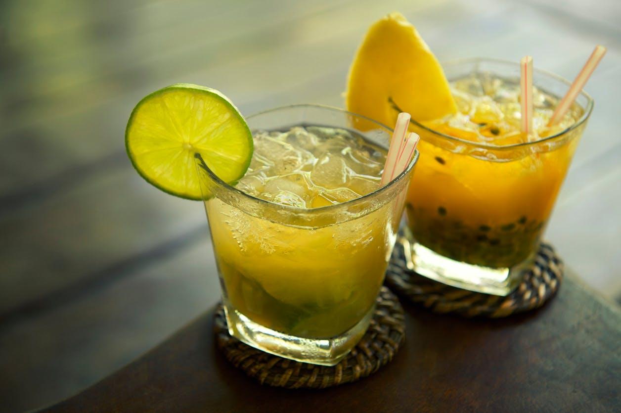 CÓCTEL de maracuyá espumoso, Una bebida para sorprender a tus invitados.